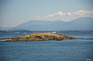 Strait of Gerorga Island